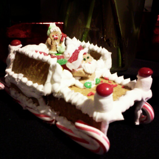 Santa's got a pimped out candy sleigh.